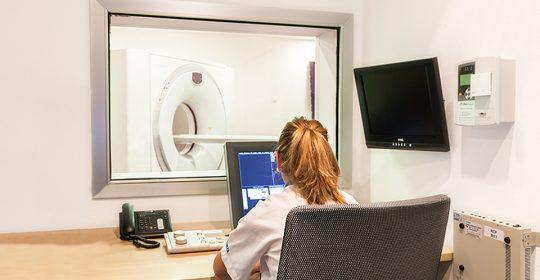 El PET detecta con más antelación la presencia de tumores
