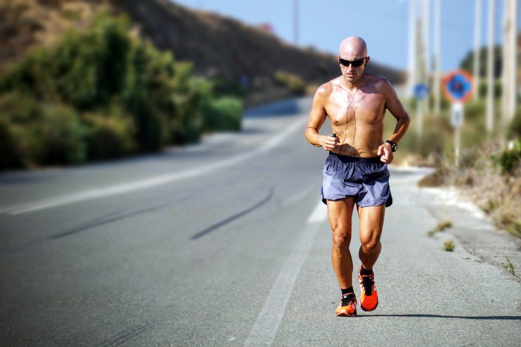 La prevención de cardiopatías, el mal de los corredores populares.